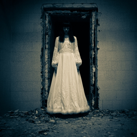 Horror Scene of a Scary Woman Stock Photo - 14998879