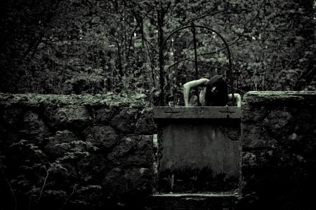 Horror-Szene von einem beängstigend Frau Standard-Bild - 19607489