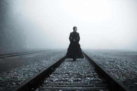 Grausigkeit-Szene einer furchtsame Frau