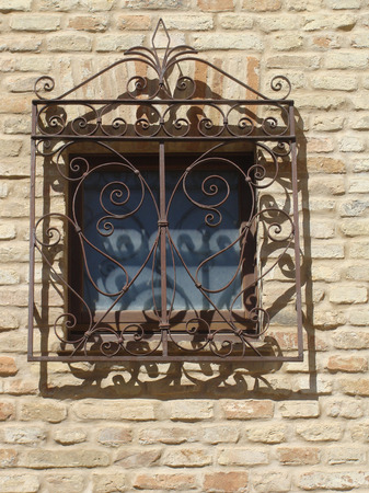 architectural details: Architectural details of historic buildings in the provinces of Italy