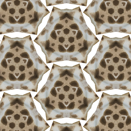 brown skin: Abstract seamless Giraffe skin pattern in yellow and brown Illustration