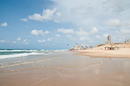 yam israel: Surf beach  The border cities of Rishon Lezion and Bat Yam  Israel