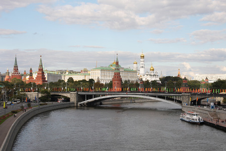 patriarchal: View of the Moscow Kremlin from the Patriarchal bridge. Moscow, Russia, September 5, 2010.