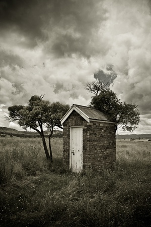 hillbilly: Old Outhouse