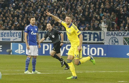cahill: Gelsenkirchen, Germany - November 25: Gary Cahill Chelsea FC at the Champions League match between FC Schalke 04 and Chelsea at Veltins-Arena November 25, 2015 in Gelsenkirchen, Germany