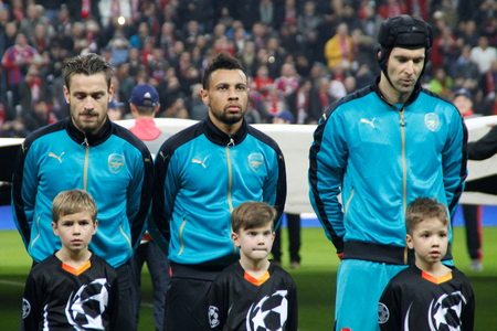 arsenal: Munich - November 4: Mathieu Debuchy, Gabriel Paulista and Pet Cesh In the Champions League Bayern Munich match - Arsenal FC at the Allianz Arena November 4, 2015 Munich, Germany