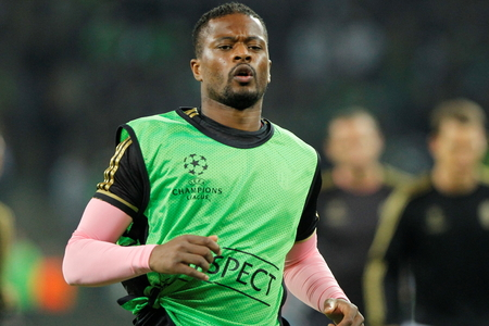 activ: Patrice Evra During The heating of the Champion League match Borussia Monchengladbach - Juventus Austrade borussia - Park November 3, 2015, Monchengladbach, Germany