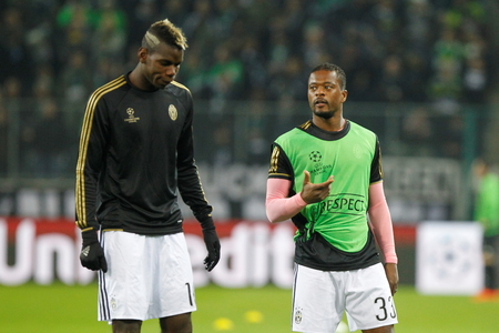 activ: Paul Pogba and Patrice Evra During The heating of the Champion League match Borussia Monchengladbach - Juventus Austrade borussia - Park November 3, 2015, Monchengladbach, Germany
