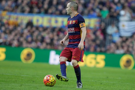 iniesta: Andres Iniesta in the match FC Barcelona Liga - Atletico Madrid January 30, 2016 at the Camp Nou, Barcelona, Spain