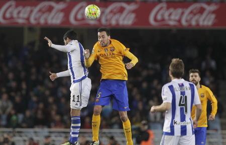 liga: SAN SEBASTIAN, SPAIN - April 6, 2016 Sergio Busquets Barcelona in action During the La Liga match espagolde Real Sociedad - FC Barcelona at Anoeta Stadium