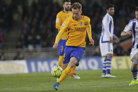 liga: SAN SEBASTIAN, SPAIN - April 6, 2016 Ivan Rakitic Barcelona in action During the La Liga match espagolde Real Sociedad - FC Barcelona at Anoeta Stadium
