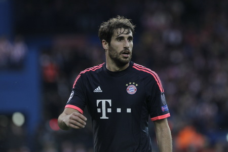 martinez: MADRID, SPAIN - April 27 Javi Martinez in Action During the semifinal match of the UEFA Champions League first leg entre Atletico Madrid and the Bayen Munich at the Vicente Calderon April 27, 2016 Madrid, Spain