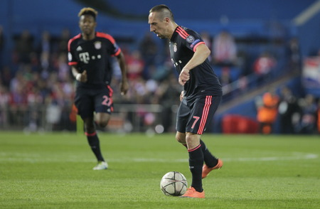 champions league: MADRID, SPAIN - April 27: Franck Ribery in action During the semifinal match of the UEFA Champions League first leg entre Atletico Madrid and the Bayen Munich at the Vicente Calderon April 27, 2016 Madrid, Spain