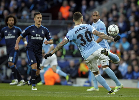 stock agency: MANCHESTER, England - April 26: in action during the semi final of the UEFA Champions League first leg between Manchester City and Real Madrid at the Etihad Stadium April 26, 2016 Manchester, England � Laurent Lairys  Agency Locevaphotos  Alamy Stock ne Editorial