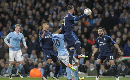 stock agency: MANCHESTER, England - April 26: in action during the semi final of the UEFA Champions League first leg between Manchester City and Real Madrid at the Etihad Stadium April 26, 2016 Manchester, England © Laurent Lairys  Agency Locevaphotos  Alamy Stock n