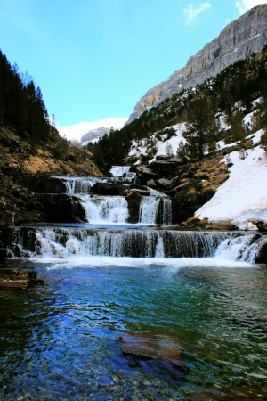 waterfall in the Pyrenees Stock Photo - 16867951