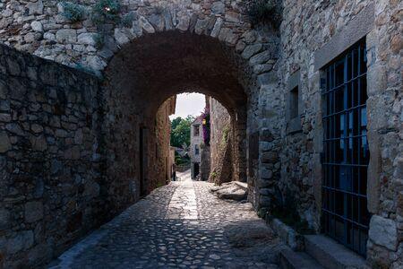 antica strada nella città di pals