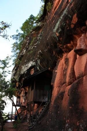 geological formation: Geological formation of stone mountain