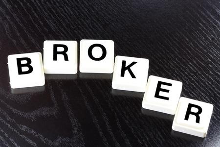 Het Woord Broker Een term die wordt gebruikt in Business Finance en Tax Concept Stockfoto