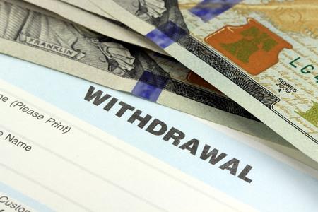 Bedrijfsinkomsten banking overschrijvingsformulier - Financiën en boekhouding concept Stockfoto - 51229168