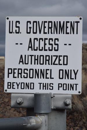 우리 정부는 Coulee 댐에 로그인합니다.
