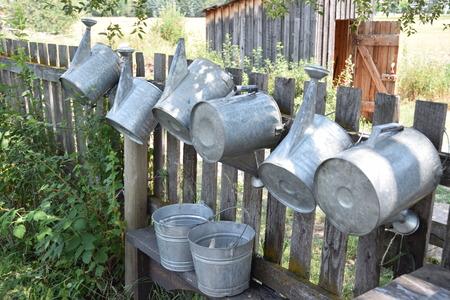 물을 수있는 수집 스톡 콘텐츠 - 93743411