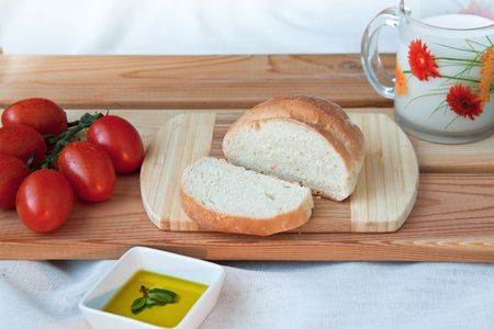 Bread with tomato photo