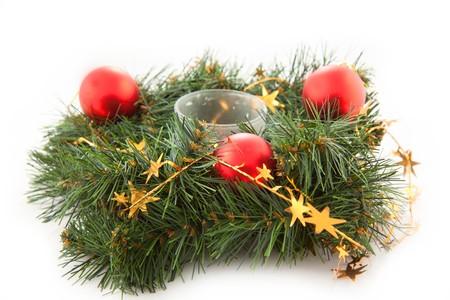 coronas navidenas: Coronas de Navidad con juguetes de Navidad en el fondo blanco  Foto de archivo