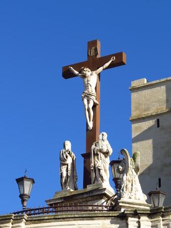 cathedrale: Cathedrale Notre-Dame des Doms et Vierge Marie - Cathedral Notre-Dame des Doms and Mary, Avignon
