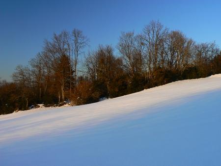 La neige d'hiver dans les montagnes des Alpes, France Banque d'images - 49265547