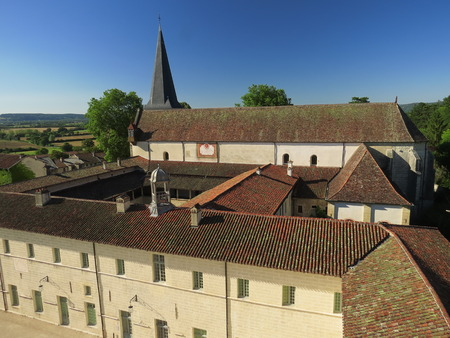 Abbaye Notre-Dame Ambronay Banque d'images - 85548165