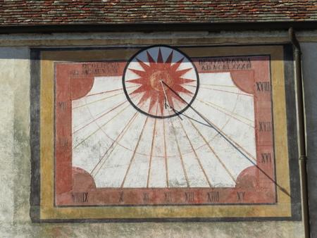 Zonne-kalender van de Notre-Dame Abbey Ambronay Stockfoto