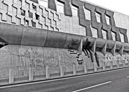 scottish parliament: In Edimburgh