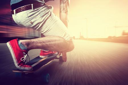 skaters: Longboard