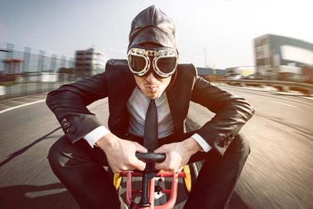 車のペダルのビジネスの男性 写真素材