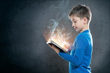자녀와 태블릿 PC