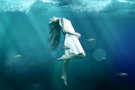 水中 写真素材