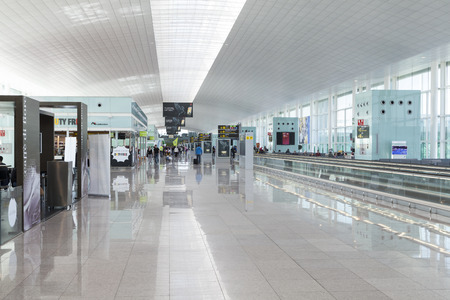 milion: The Airport in Barcelona, El Prat. Its number two in size in Spain. Every year there is about 35 milion passangers passing
