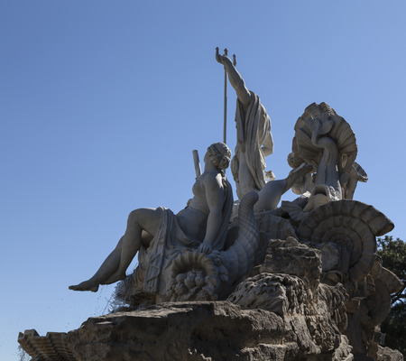 nbrunn: A group of statues with a blue clear sky in the background