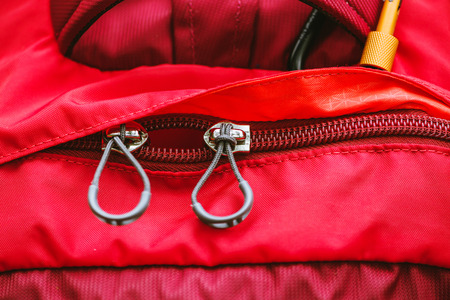 Travel bag. Zip lock on the backpack red. Banque d'images