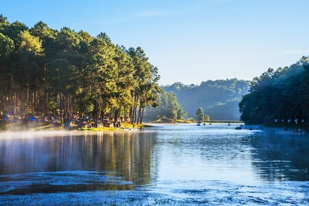 camping and travel  Beatiful nature panorama view of Pang Ung lake in the mist at sunrise. 版權商用圖片 - 127423903
