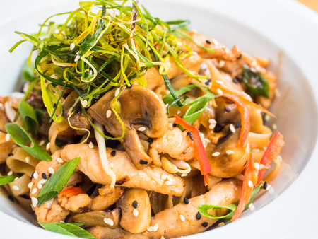 Teriyaki chicken with mushrooms and herbs 스톡 콘텐츠