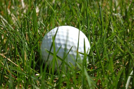 golf ball in the rough 版權商用圖片