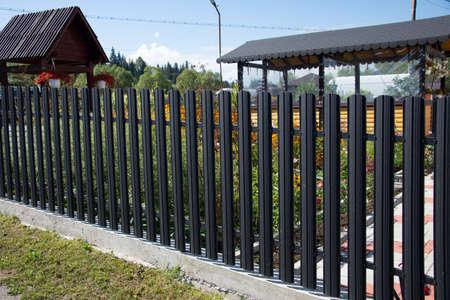 new aluminum fence in Romania Stockfoto