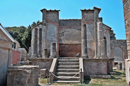 erupting: AT POMPEI - ON 0622 2017 - Temple of Iside  of  ancient roman town of Pompeii, destroyed by vesuvius eruption in 70 d.c.