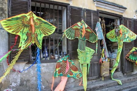 Kite shop in the ancient town of  Hoi An, Vietnam 新聞圖片