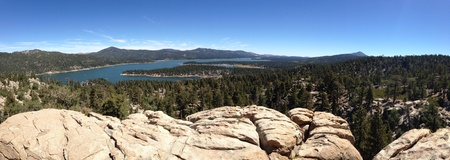 bear lake: Panoramic view of Big Bear Lake from a clif