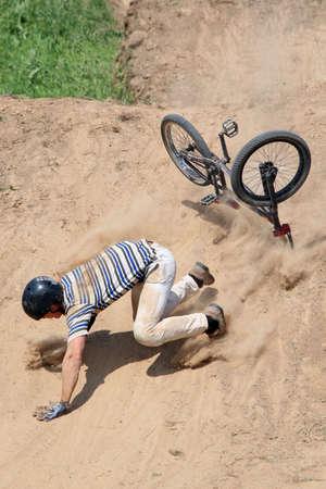bmx: Falling