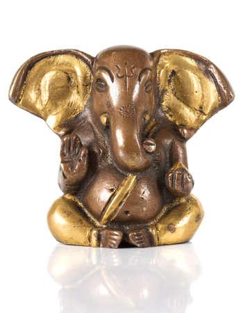 ganesh: Estatuilla de Ganesha aislado en un fondo blanco