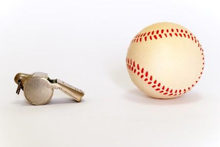 chrome base: Baseball e whistle